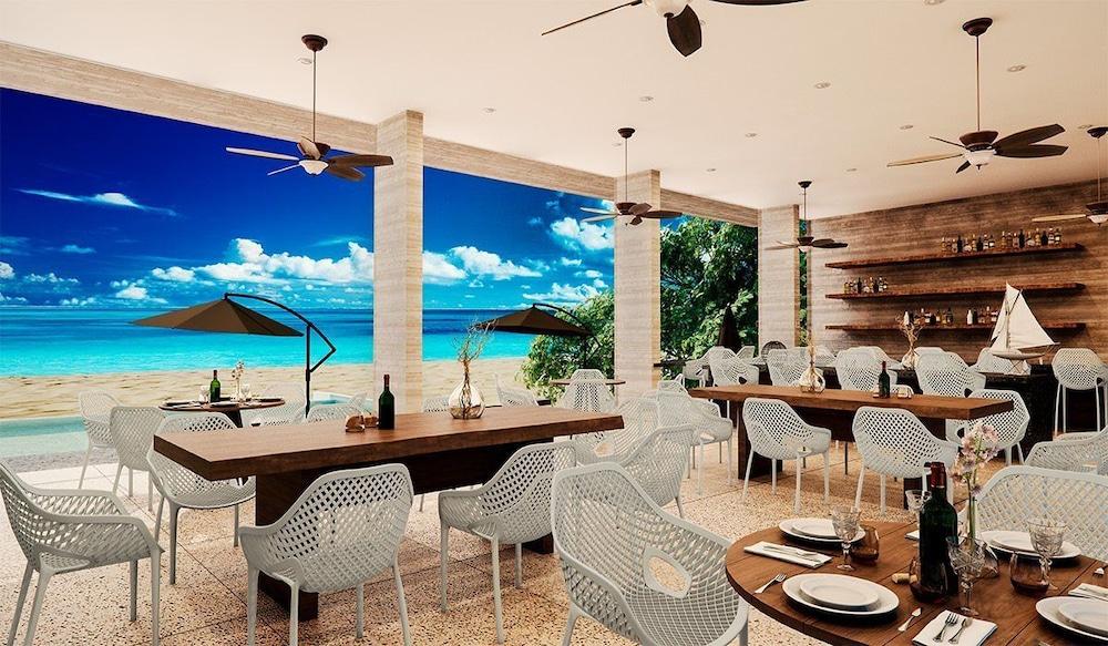 Paraiso Maya Luxury Resort