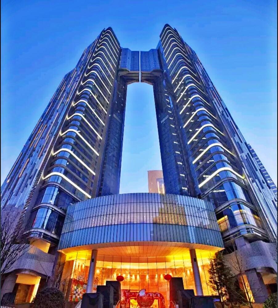 Chengdu Geruihao International Apartment