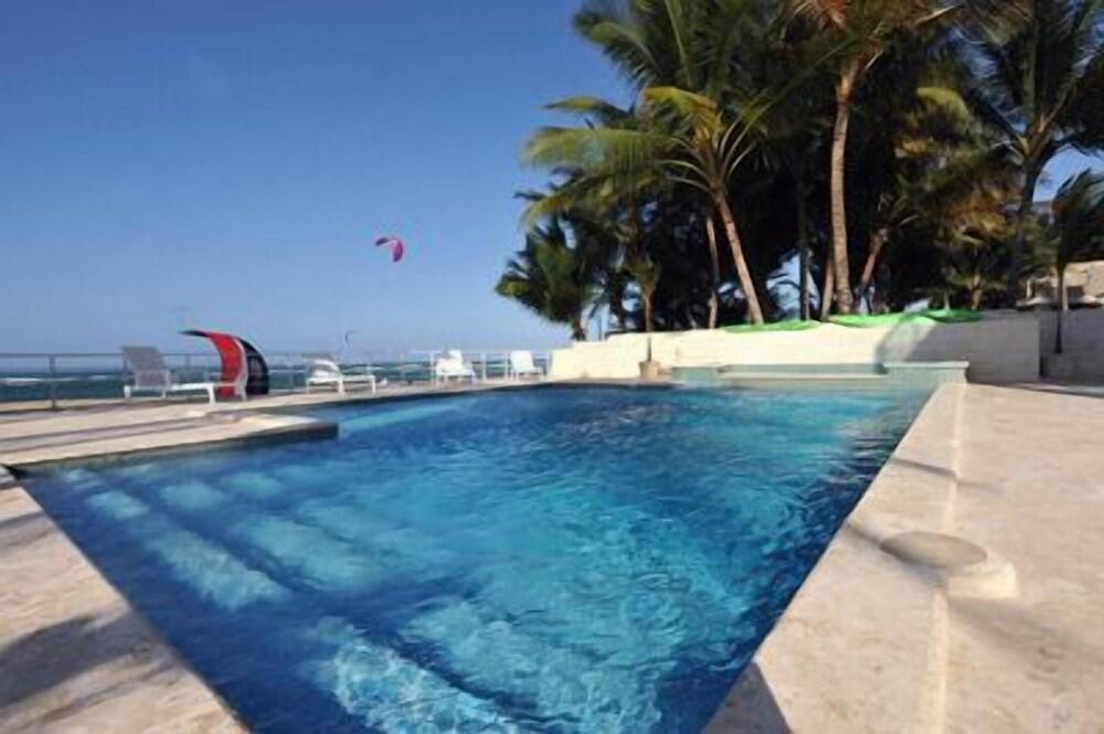 Watermarks Hotel -