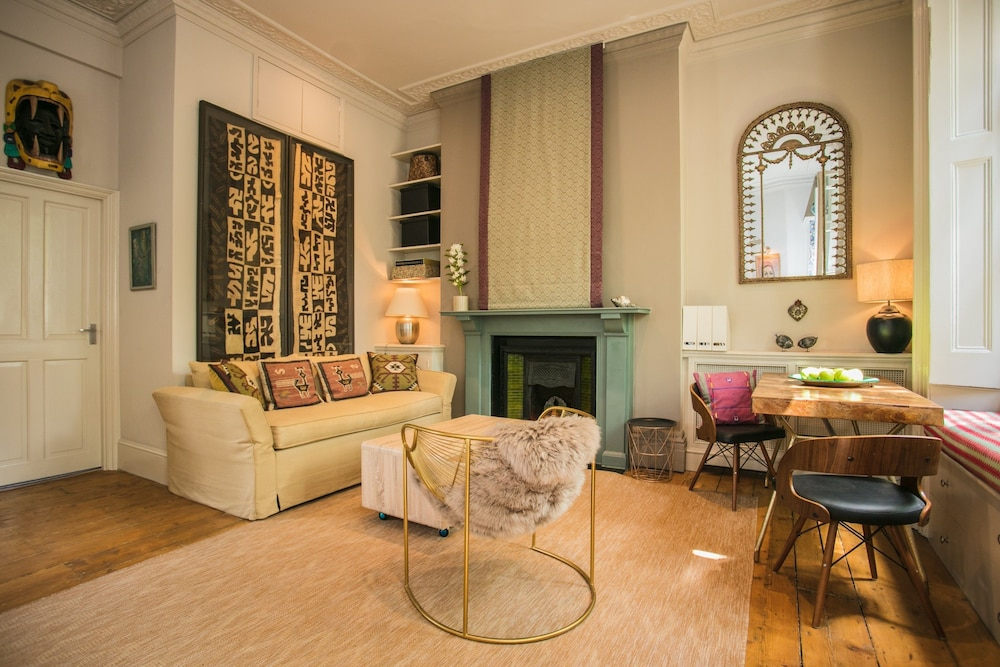 Exquisite Notting Hill Flat With Roof Terrace