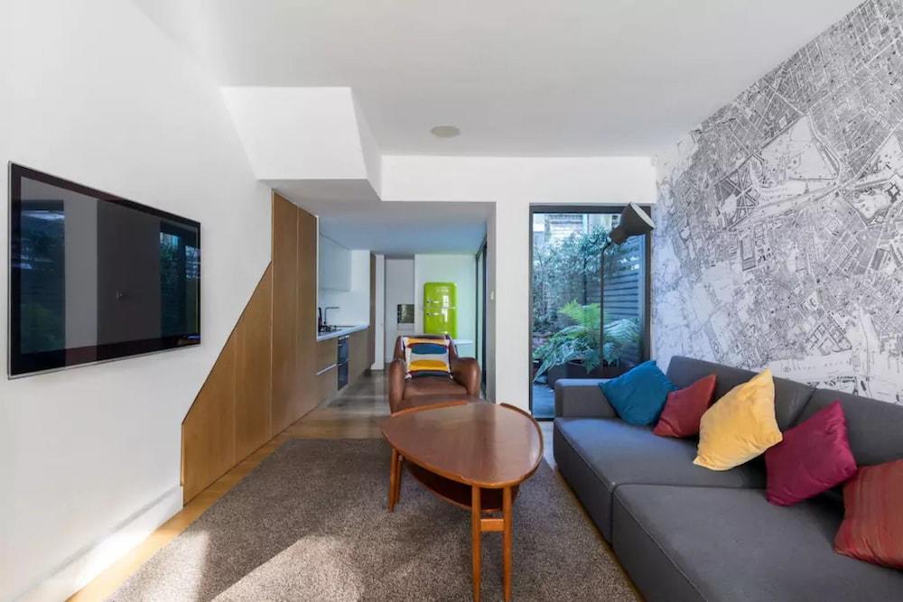 Lovely 3 Bedroom architect's house