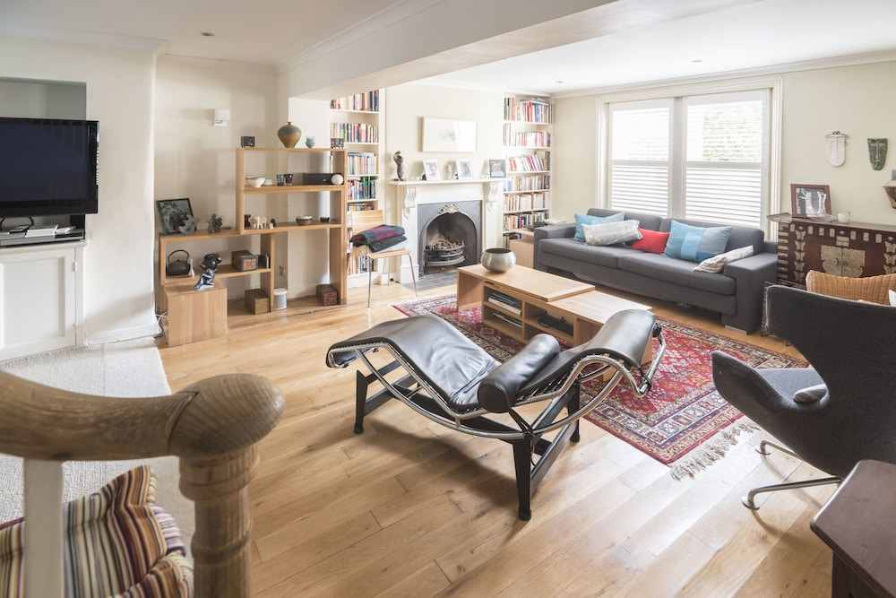 Stylish Family Home in Battersea