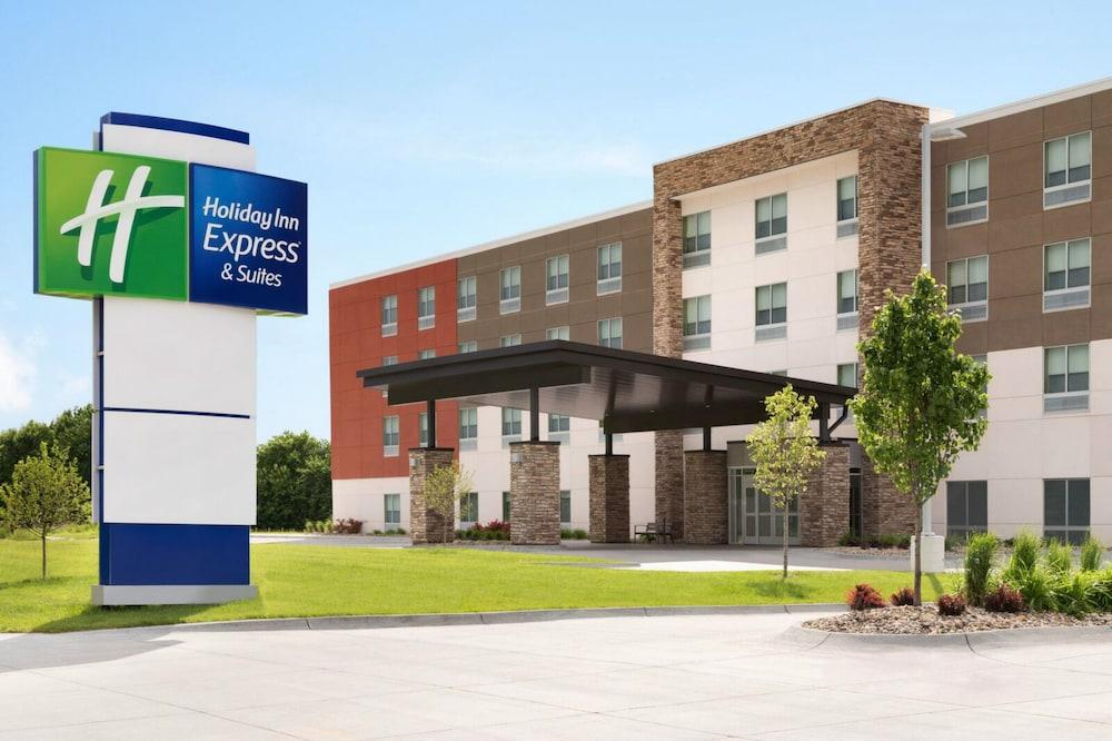 Holiday Inn Express and Suites Nebraska City