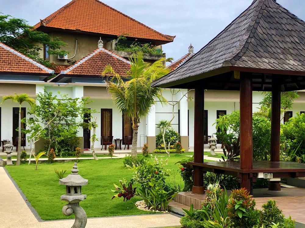 Uluwatu Jungle Villa Bali Price Address Reviews