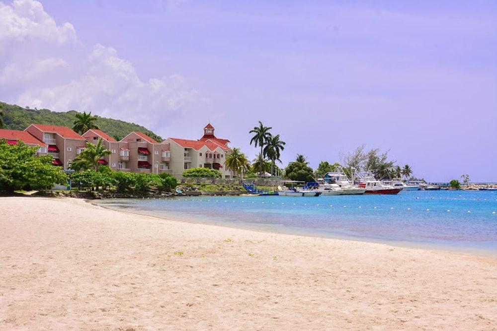 Coral Keys at Sandcastles