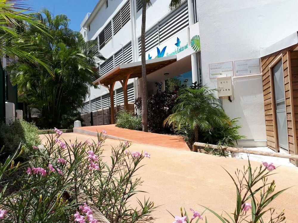 Apartment With one Bedroom in Le Gosier, With Furnished Balcony and Wi
