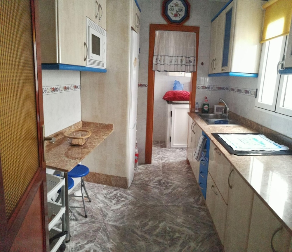 House With 3 Bedrooms in San Bartolomé de Tirajana - 2 km From the Bea