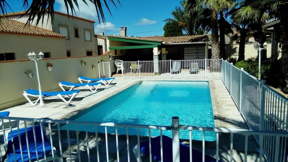 Villa With 3 Bedrooms in Pia, With Private Pool, Enclosed Garden and W