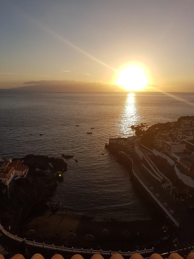 Apartment With one Bedroom in Santiago del Teide, With Wonderful sea V