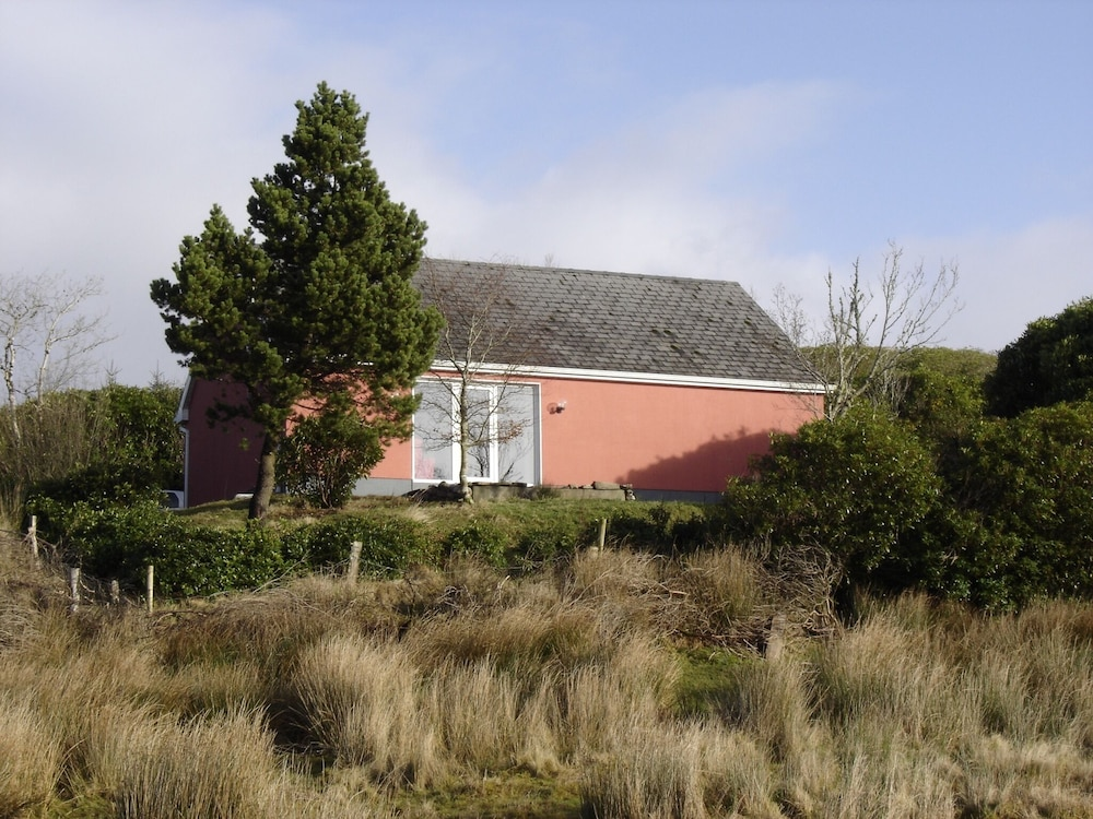 House With 2 Bedrooms in Laghy, With Enclosed Garden - 10 km From the