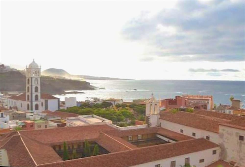 House With 3 Bedrooms in Garachico, With Wonderful sea View, Furnished