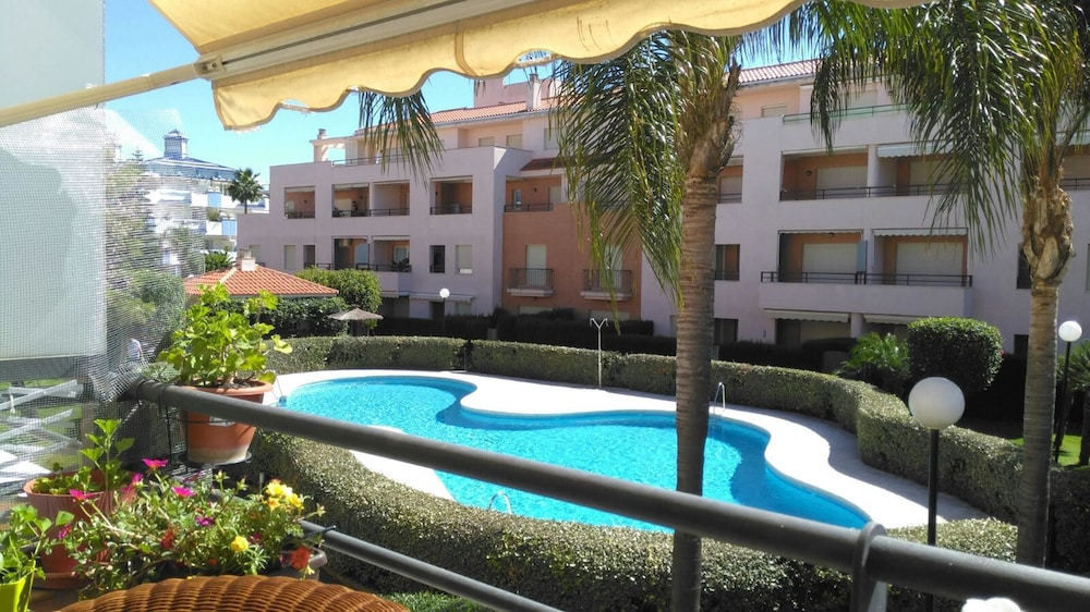 Apartment With 3 Bedrooms in Rota, With Pool Access and Furnished Terr