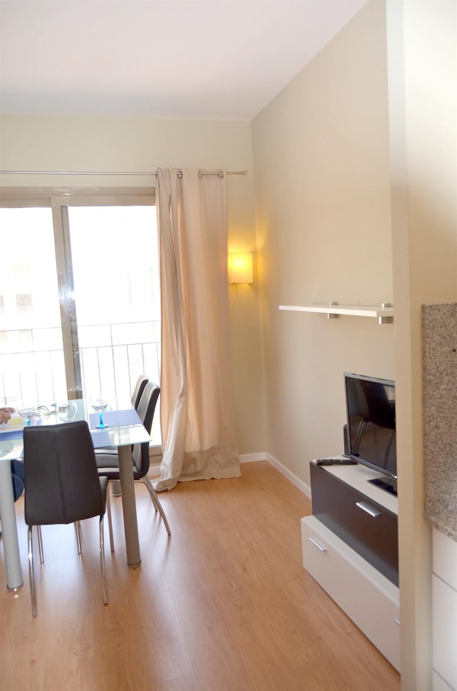 Apartment With one Bedroom in Valencia, With Wonderful City View and B