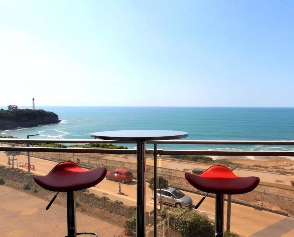 Apartment With one Bedroom in Anglet, With Wonderful sea View, Pool Ac