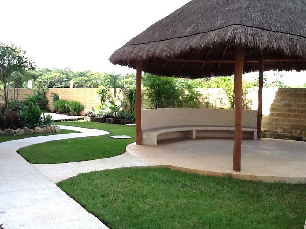 Apartment With 2 Bedrooms in Playa del Carmen, With Pool Access, Furni