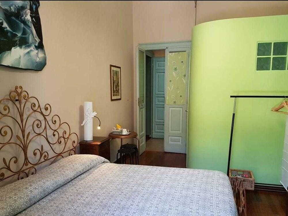 B B La Terrazza Di San Salvario Torino Price Address Reviews