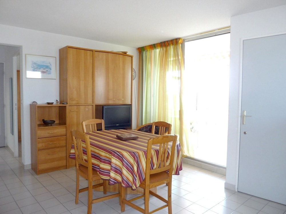 Apartment With 2 Bedrooms in Le Grau-du-roi, With Furnished Balcony -