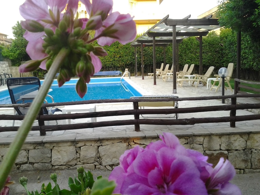Apartment With one Bedroom in Modica, With Pool Access, Enclosed Garde