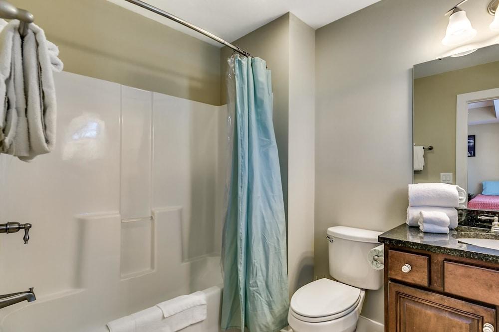 South Beach Cottages - 2701 Apartment 4