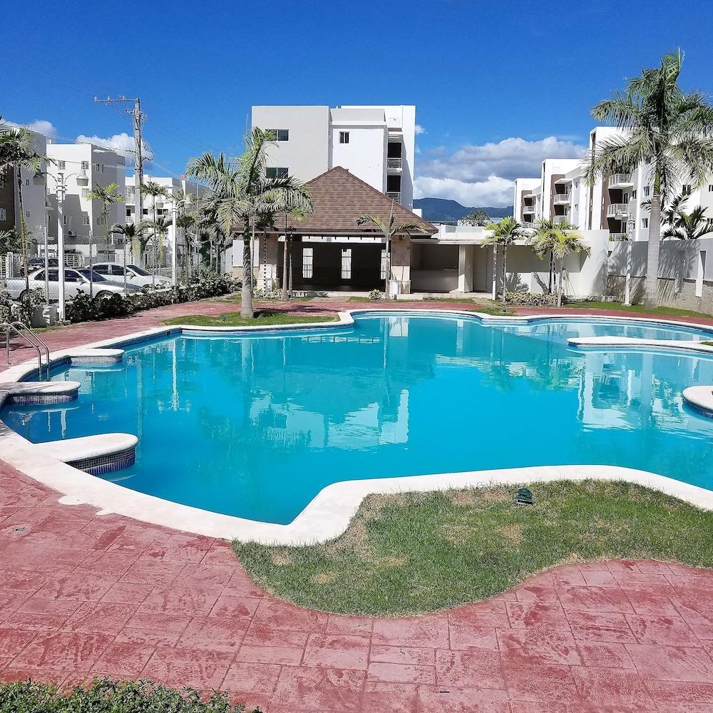 New Wonderful Apart With Pool