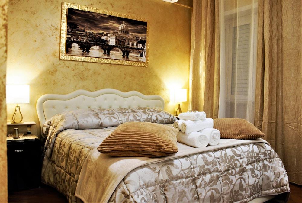 San Pietro Golden Rooms