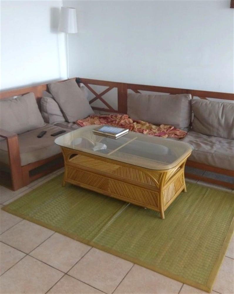 Apartment With 4 Bedrooms in Pointe-à-pitre, With Wonderful City View,