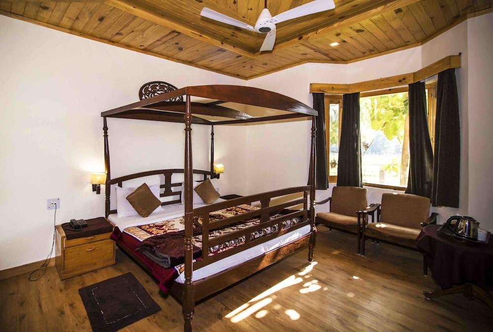 Ashokas Tiger Trail Resort