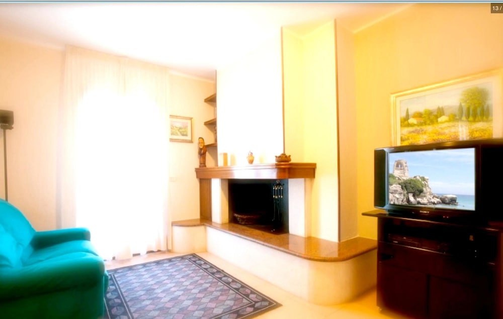Apartment With 2 Bedrooms in Melendugno, With Furnished Balcony and Wi