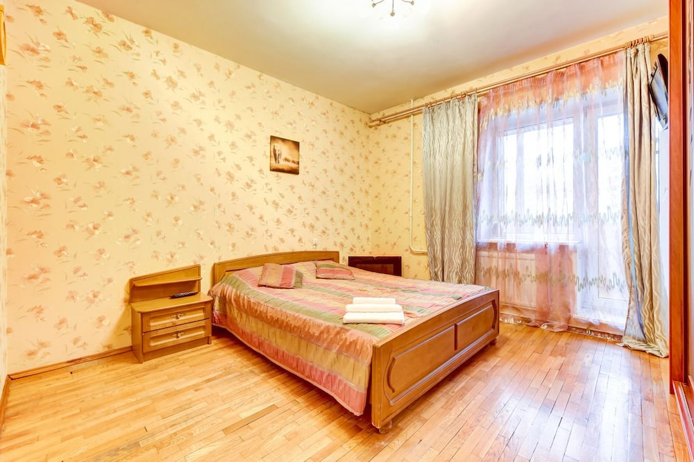 AG Apartment Lensoveta 88