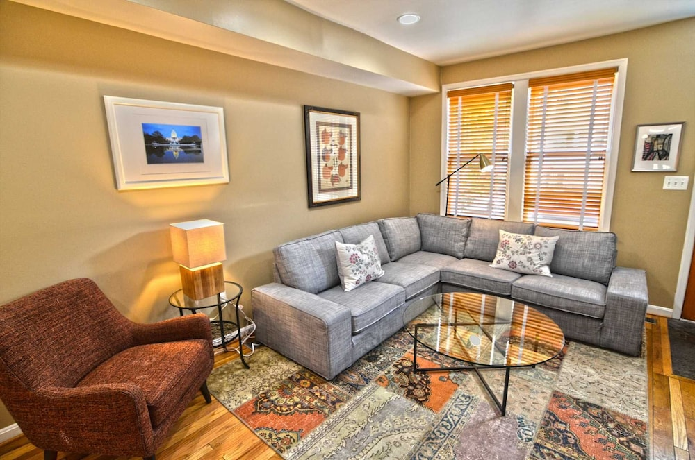 3254 Northwest Townhome #1056 - 3 Br Townhouse