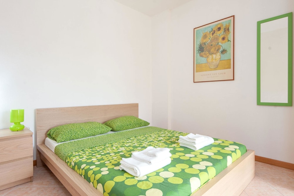 House With 2 Bedrooms in Roma, With Wonderful Mountain View, Furnished