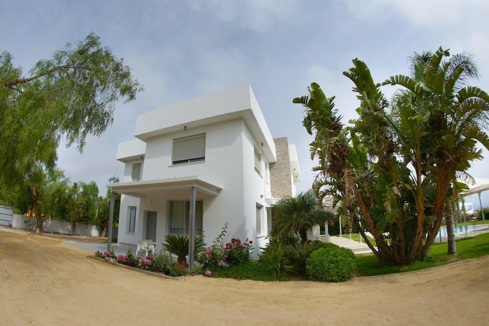 Myrtiana Villa