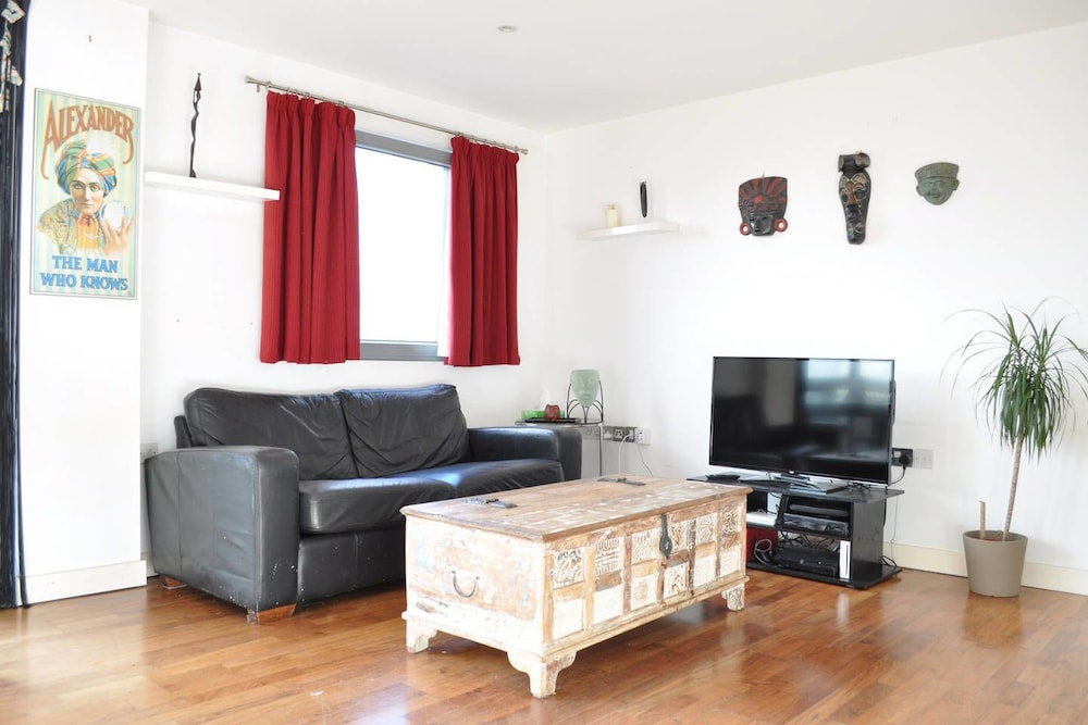 2 Bedroom Apartment in Clapham