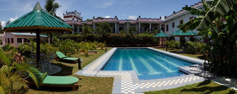 Mangro Hotel Diani Beach