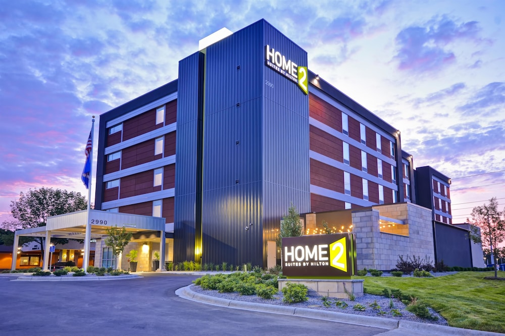 Home2 Suites by Hilton Plymouth, MN