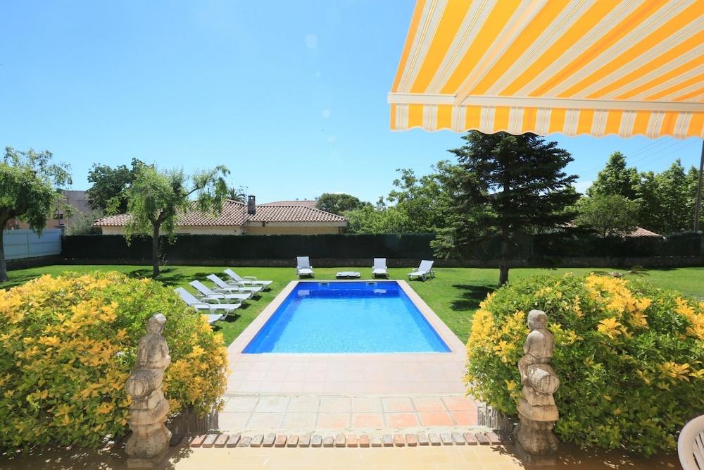 Villa Residencial Para 16 Personas en Cambrils