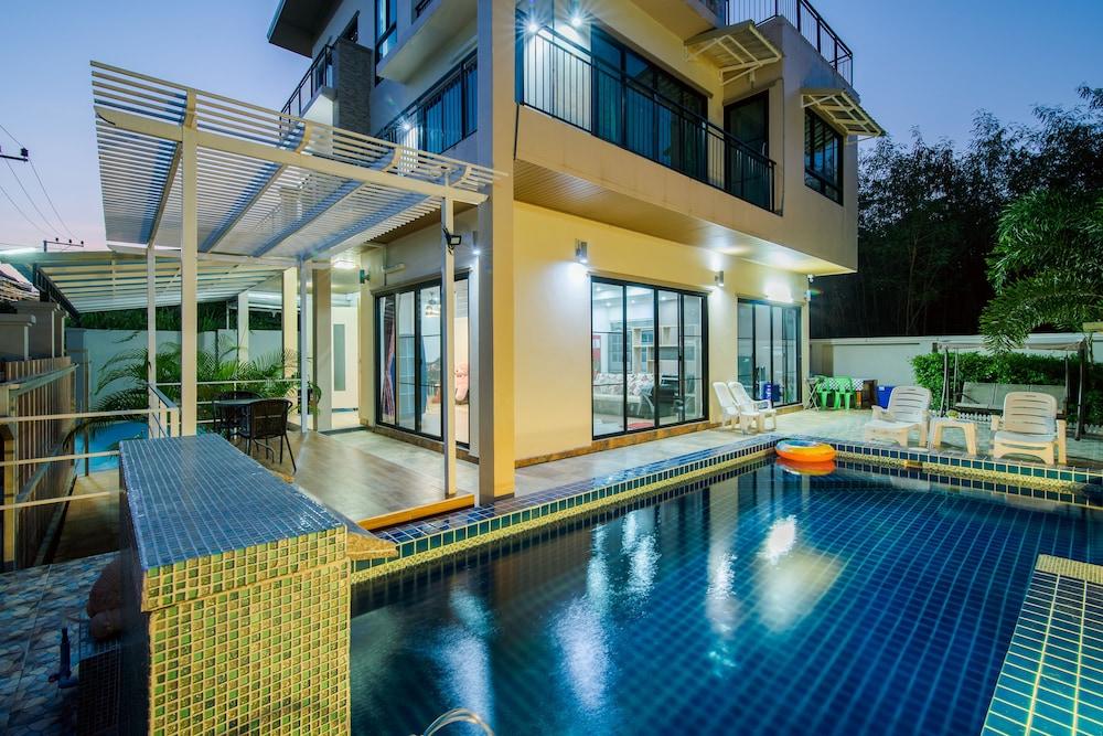 Sea Smile Pool Villa Hua Hin