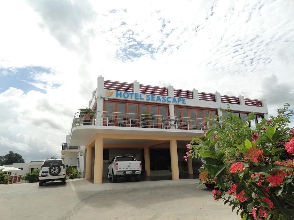 Wailoaloa Seascape Hotel