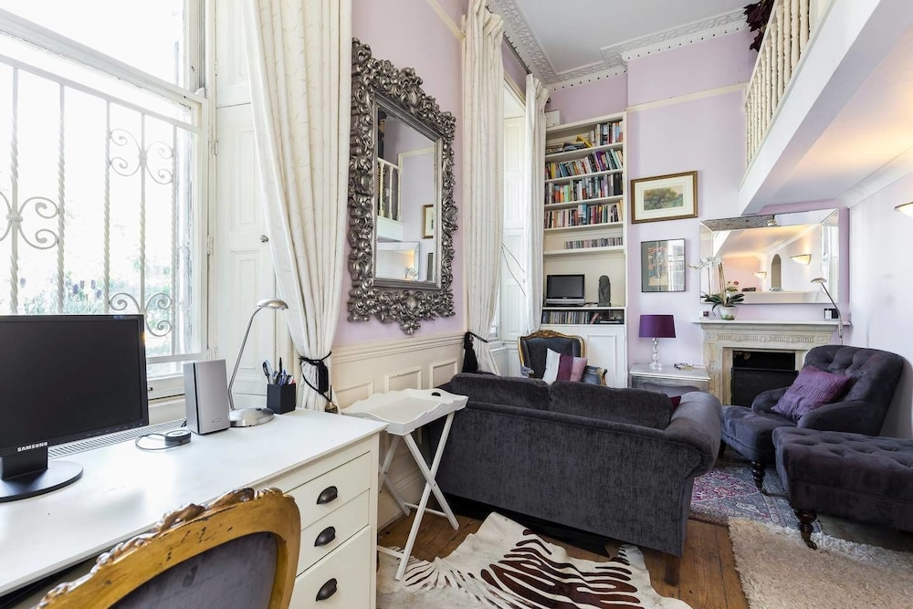 Cosy & Chic Nest 2min From Clapham Common Tube!