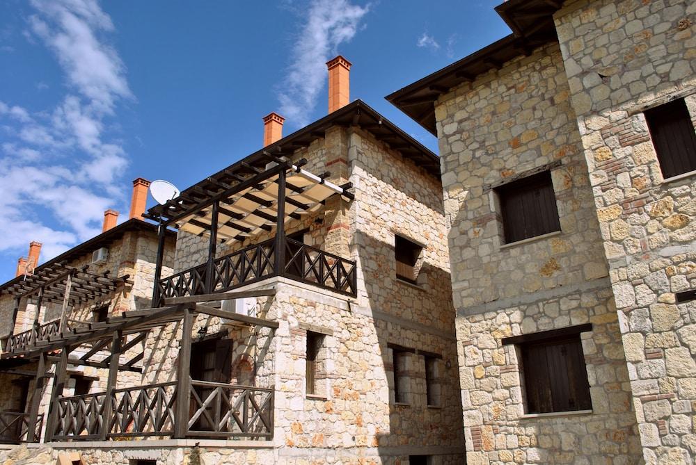 Halkidiki Luxurious Stonehouses
