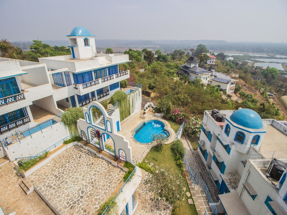 OYO 11897 Home Greek Style 2BHK With Pool Bambolim