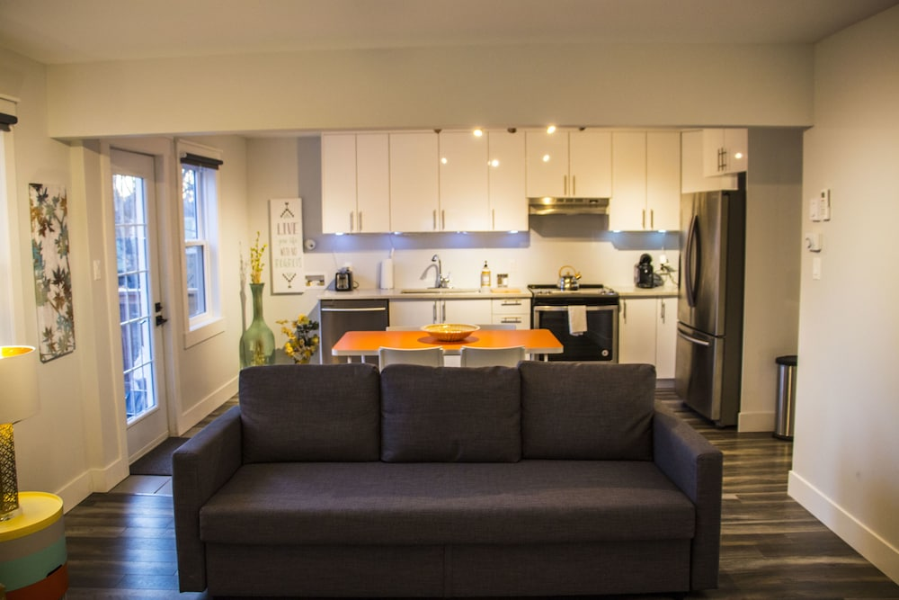 WOW Luxury Suites - Halifax Downtown