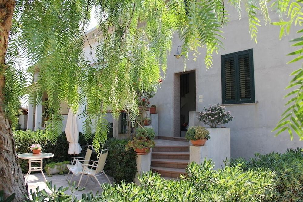 Villa Cocus Vista Mare