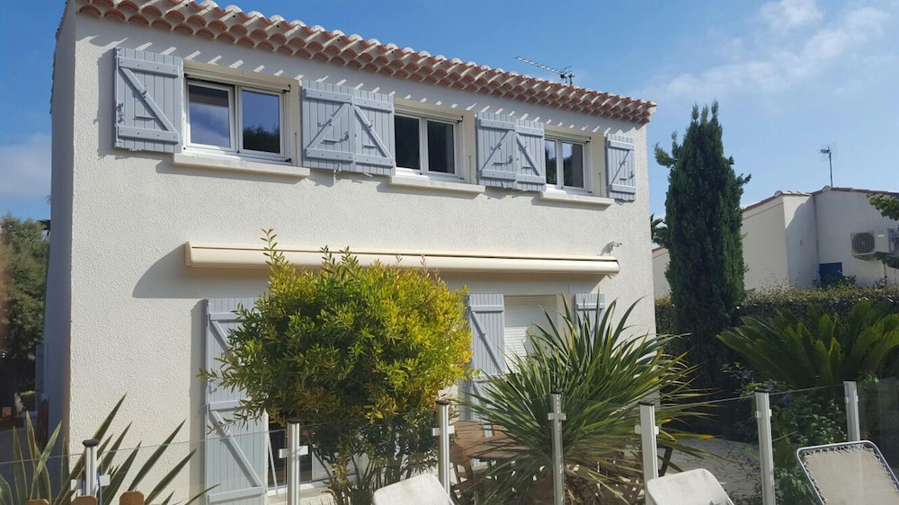 Villa With 4 Bedrooms in Agde, With Private Pool, Enclosed Garden and