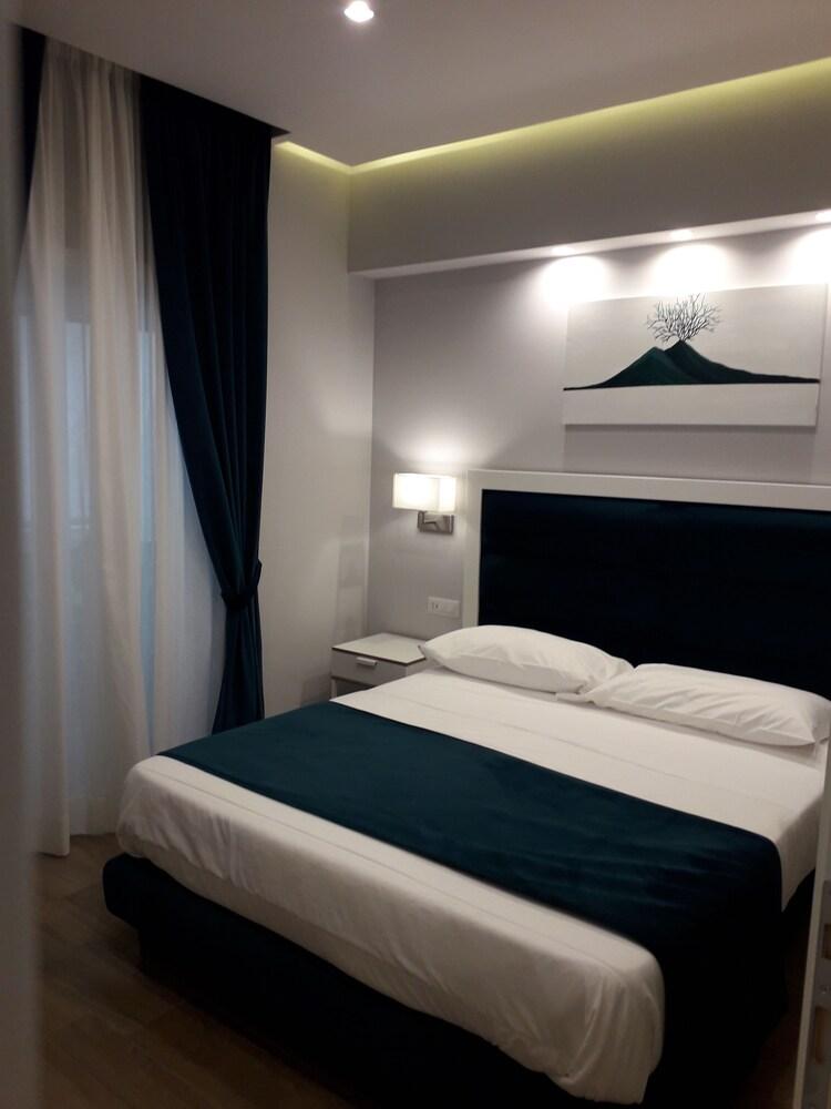 Gea Suite Napoli 5 0 Price Address Reviews