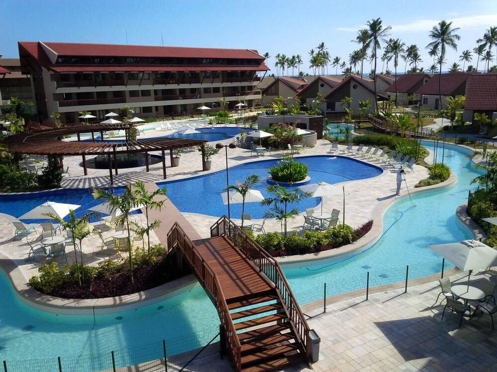 Oka Beach Residence Muro Alto