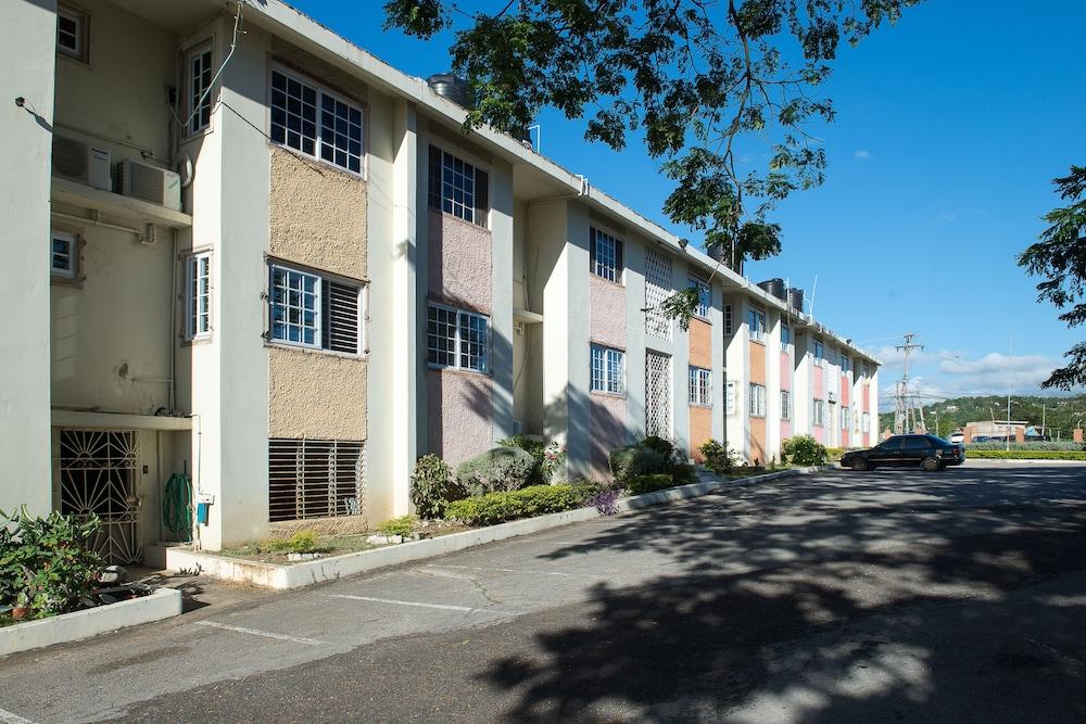 Modern Bilton Apartment