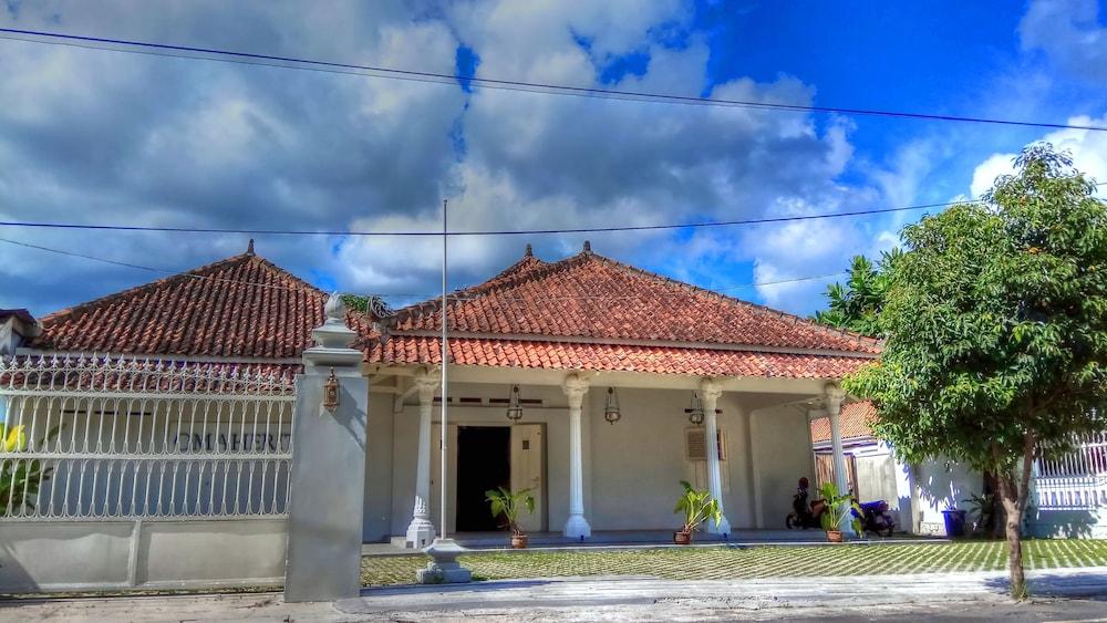 OmaHeritage - Hostel