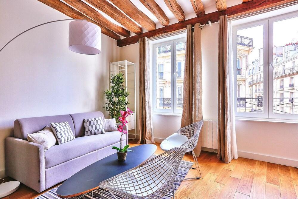 Amazing Apartment Close to Notre Dame