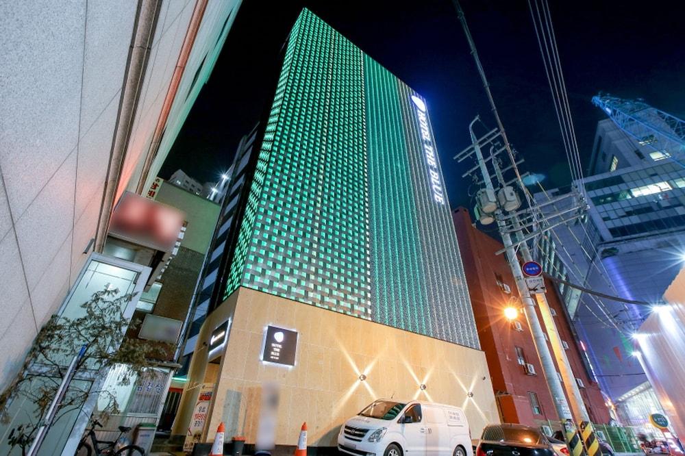 Hotel The Blue Cheonho
